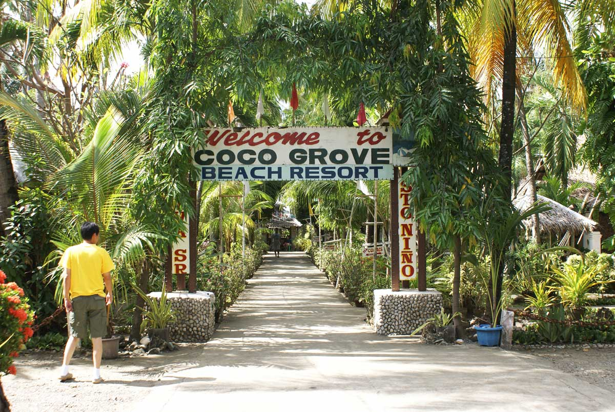 Coco Grove Beach Resort Tigbauan