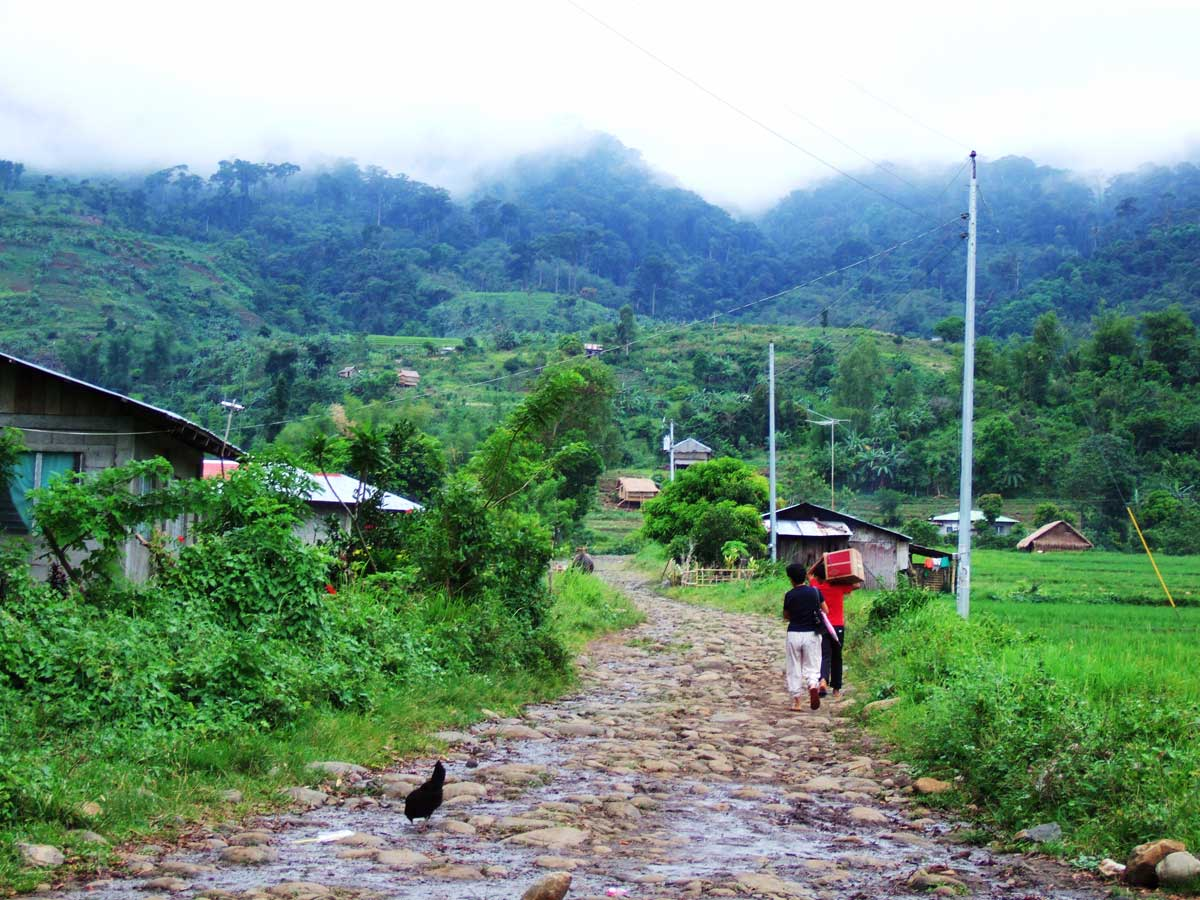 hill_road - Republished: Barangay Road in Negros, Philippines - Philippine Photo Gallery