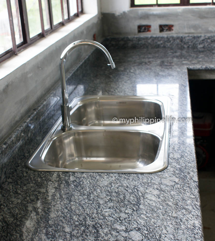 Hwaco Kitchen Sink