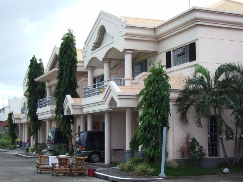 Townhouses for Rent in Villa, Iloilo City, 3 BR, P20,000 per month
