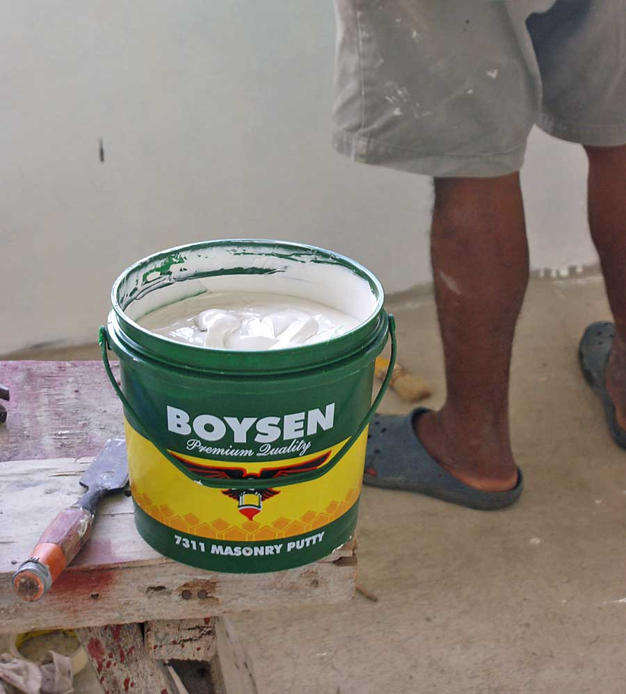 Our philippine house project paint and painting my philippine life boysen masonry putty nvjuhfo Choice Image