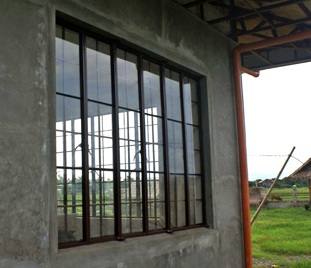 Window grills design philippines for Window grills design in the philippines